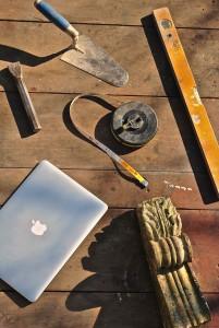 Copia web di tavolo attrezzi mac