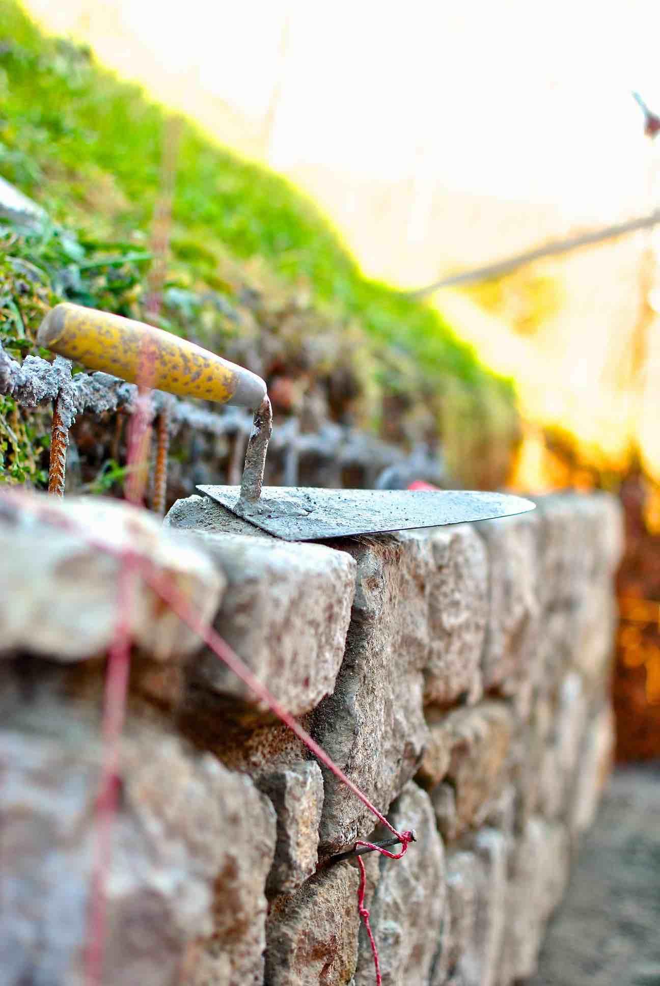 Muro in trachite