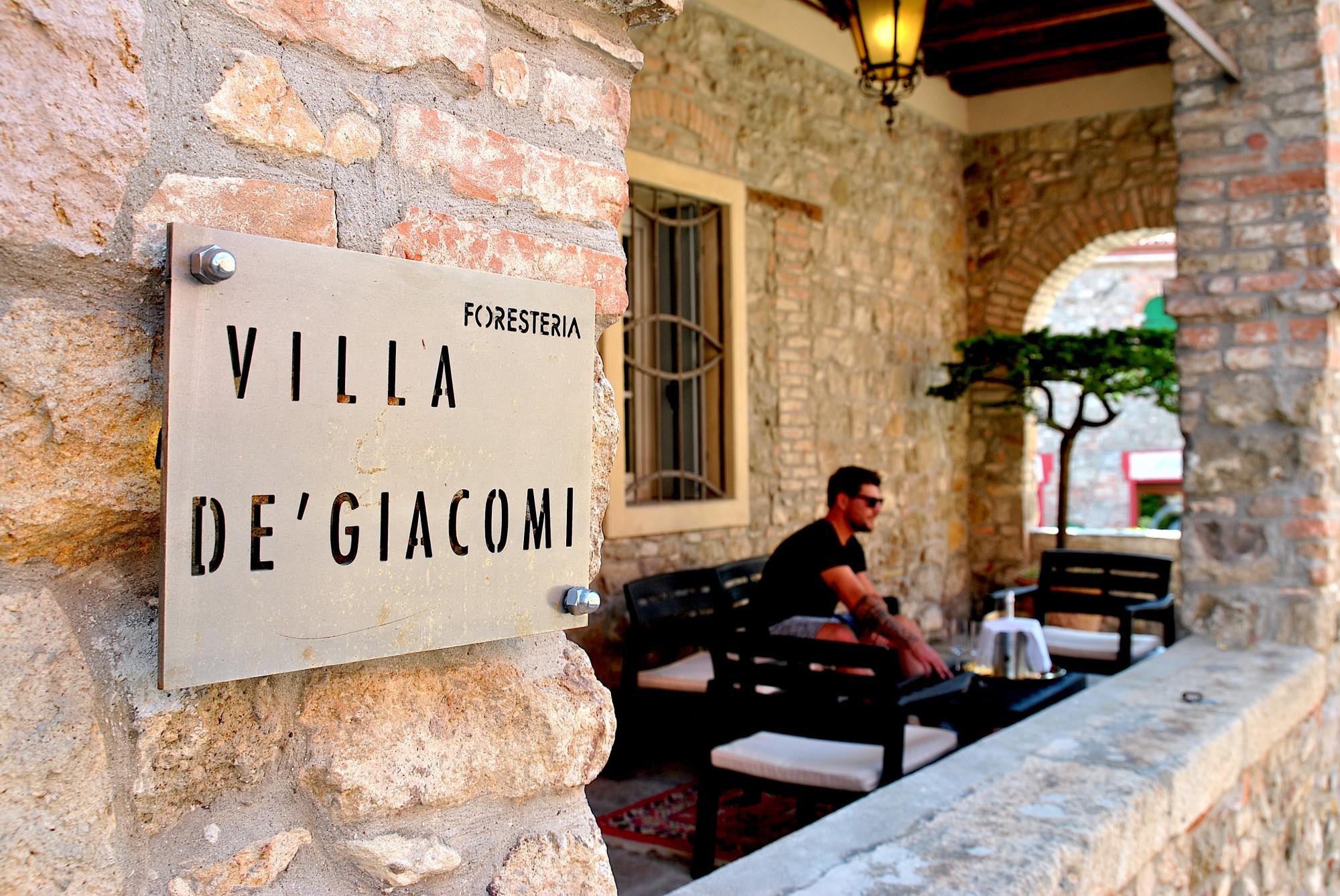 Villa De' Giacomi